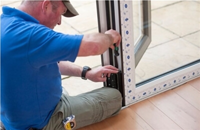 Why choose a VEKA or Halo Installer?